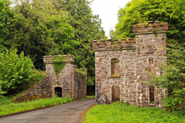 400-castlecaldwell